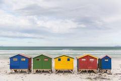 Хаты пляжа Muizenberg стоковые фотографии rf