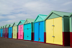 Хаты пляжа Brigton, Англия, Великобритания стоковая фотография rf