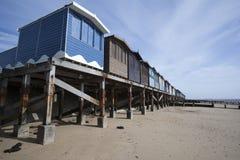 хаты frinton essex Англии пляжа Стоковое фото RF