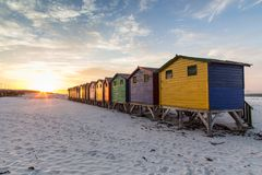 Хаты Muizenberg пляжа стоковая фотография rf