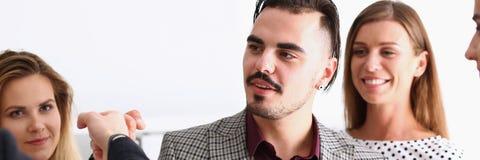 Хелпер арабского организованного бизнесмена Стоковая Фотография RF
