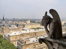 Химера философ на Нотр-Дам de Париже Стоковая Фотография RF
