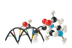 Химическая модель молекулы и структура дна модель над белым backg Стоковое Изображение RF
