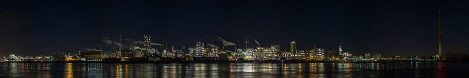 Химическая промышленность Bayer панорамы стоковое изображение rf