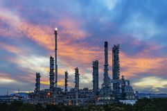 химическое масло фабрики Стоковые Изображения