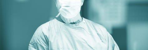 Хирург в хирургии больницы Стоковые Изображения