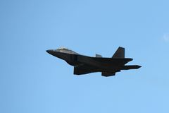 Хищник F-22 на большом авиасалоне Новой Англии Стоковое Изображение RF