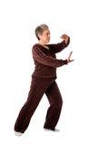 хи делая йогу женщины tai тренировки старшую Стоковые Изображения