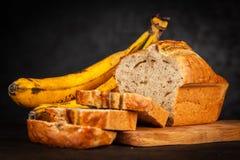 хлеб банана домодельный стоковые изображения