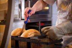 Хлеб испеченный хлебопеком свежий стоковое изображение