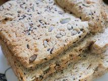 Хлеб смешивания органических всех зерен и семян Стоковое Изображение