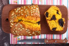 Хлеб чернослива тыквы стоковое изображение rf