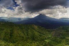 хмурый вулкан Стоковые Фото