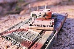 Хобби - собрание уменьшенных экземпляров реальных боевых танков Такие модели очень популярны и много вентиляторов собирают множес стоковое фото rf