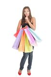 ходя по магазинам стоящая женщина стоковая фотография