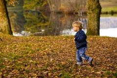 ход ребенка Стоковые Изображения