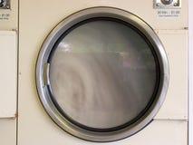 Ход сушильщика Laundromat стоковые изображения