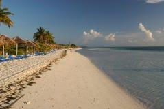 ход человека пляжа Стоковое Изображение RF