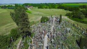 Холм крестов Это место паломничества Siauliai Литва видеоматериал