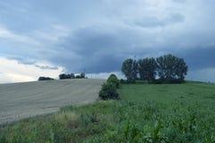 Холм разделил в 2 с и никакой вегетации Стоковые Фотографии RF