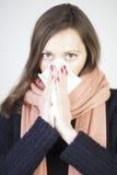 холодно имеющ женщину стоковое фото