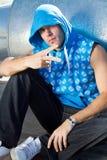 холодный хмель вальмы парня стоковая фотография rf