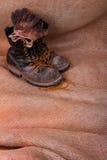 Хорошие несенные перчатки ботинок Стоковые Фотографии RF