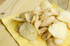 Холестерол картофельной стружки тучный посолил концепцию фаст-фуда старья Стоковая Фотография RF