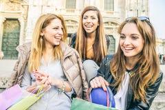 Ходить по магазинам женщин Стоковое Изображение RF