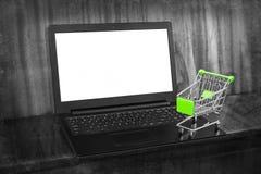 Ходить по магазинам он-лайн стоковые изображения rf