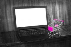 Ходить по магазинам он-лайн Стоковое Изображение