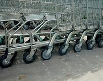 ходить по магазинам тележек Стоковое фото RF