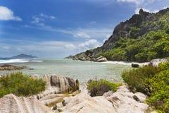 Холмы гранита и коралл, Ла Digue, Сейшельские островы Стоковое Изображение
