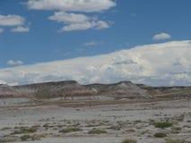 Холм в покрашенной пустыне Стоковые Фотографии RF