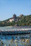 Холм долговечности берега озера Kunming летнего дворца Пекина Стоковое фото RF