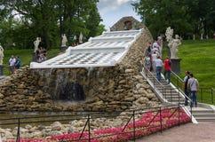 Холм шахмат фонтана в Petehof Стоковые Изображения