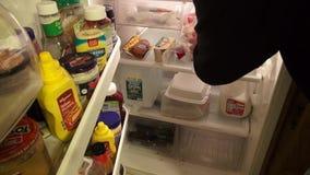 Холодильник, замораживатель, продукция, еда, хранение акции видеоматериалы