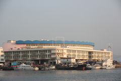 Холодильные установки в рыбном порте shekou Шэньчжэня nanshan Стоковые Изображения