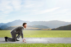 ход принципиальной схемы конкуренции бизнесмена дела портфеля Стоковое Фото