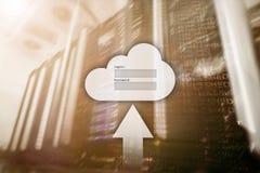 Хранение, доступ к данным, имя пользователя и пароль облака спрашивают окно на предпосылке комнаты сервера Интернет и концепция т стоковые фото