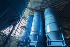 Хранение силосохранилищ башни навальное Стоковое Изображение