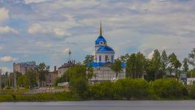 Христианская церковь Пермь России Timelapse сток-видео
