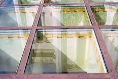 Христос отражение церков спасителей в стеклянном поле Стоковое Фото
