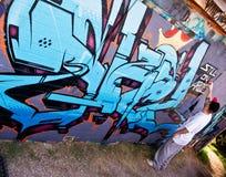 Художник надписи на стенах Стоковая Фотография