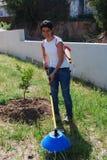 хуторянина удабривать почва Стоковые Фото