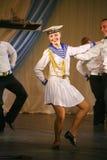 Художники представления, певец-соло солдат и танцоры песни и ансамбль танца северозападного военного округа Стоковое Изображение