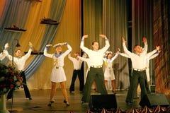 Художники представления, певец-соло солдат и танцоры песни и ансамбль танца северозападного военного округа Стоковая Фотография RF