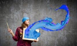 Художник девушки стоковые изображения