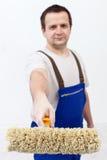Художник с роликом краски стоковые фото