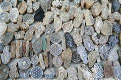 Художнические части прессформы вытравленные в камне показанном около озера Gadisar Стоковое Фото
